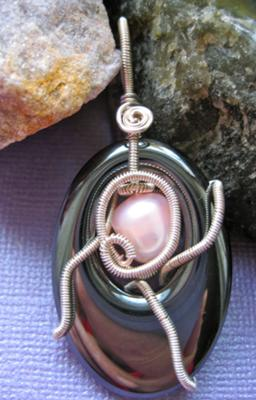 Hematite in Silver plated copper wire